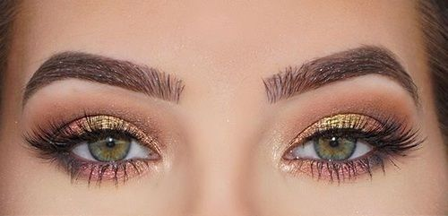 maquillage smoky yeux verts